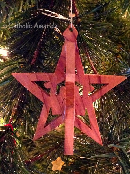nativity-star-ornament