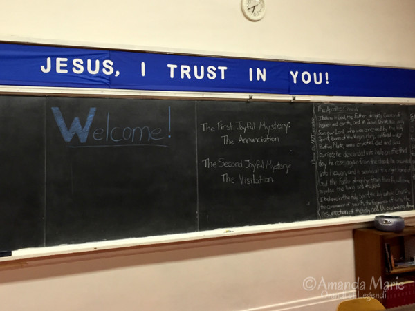 jesus-i-trust-in-you-wall
